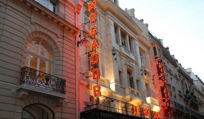 Les coulisses d'un théâtre parisien - Théâtre Mogador