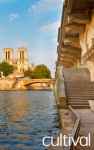 Stroll in the heart of the Ile de la Cite: Tours of Parisian districts