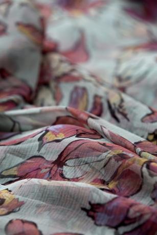 Robe de soir (detail), collection haute couture printemps-e?te? 1996
